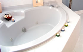 Fix Water Damage with Waterproofing Bathroom Services